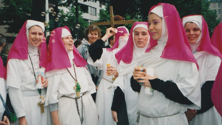 Berlin 1996 Anti-Papst-Demo